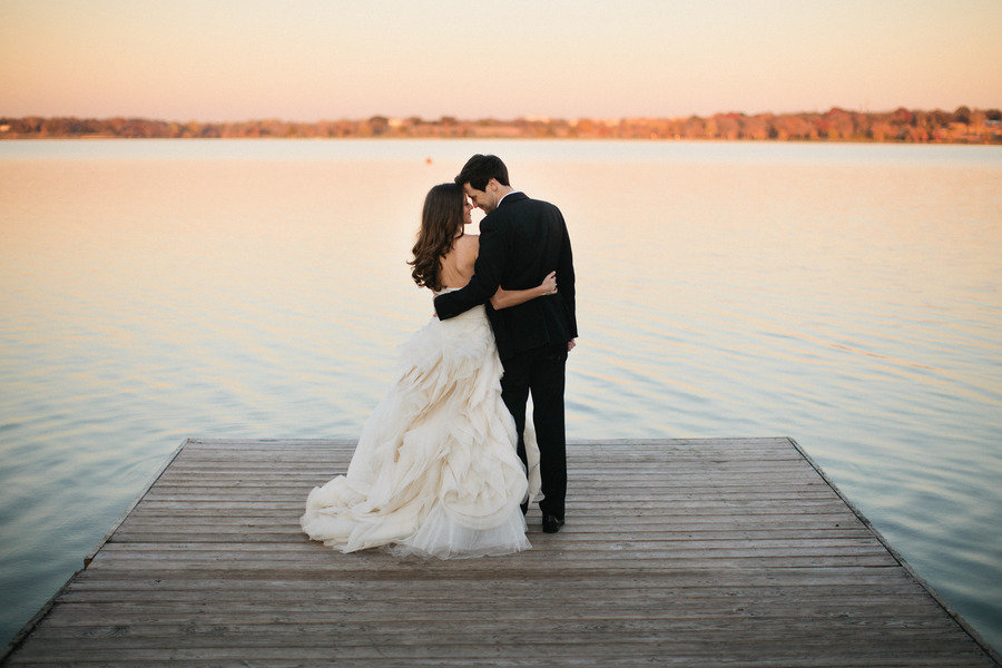 artistic-wedding-photography-outdoor-wedding-bride-groom-on-dock.jpg